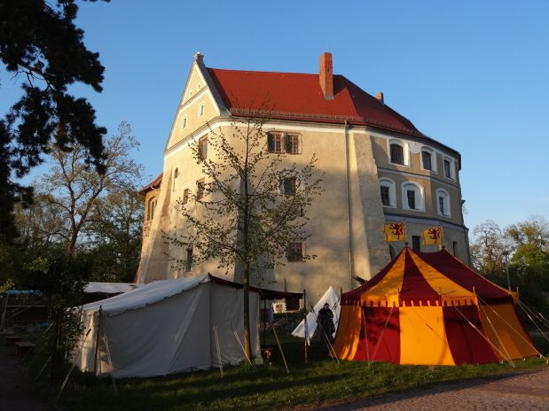 Burgbelebung zu Walpurgis statt Mittelalterspektakel